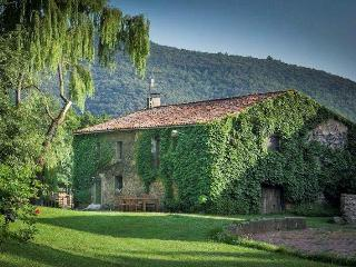 Casa Domingo: lovely unspoiled countryside, La Vall de Bianya