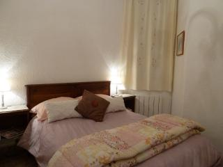 Bedroom comfortable double bed