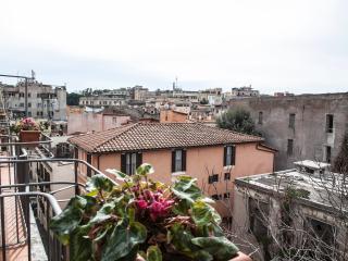Monti amazing family apartment, Rome