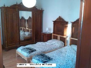 room  Vecchia Milano --  '' Old  Milan  ''