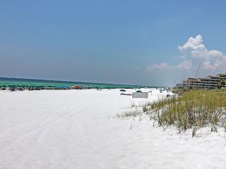 Beachwalk Townhome #17-2BR- Avail 4/30-5/7**RJ Fun Pass* Walk2Beach-Private