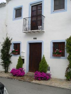 Popular El Naranjal Unique Andalucian Style Town House