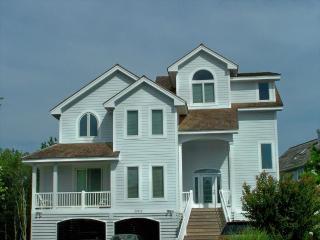 Terrific 5 bedroom home in the Preserve. Blocks to pool, tennis, and ocean!, Cedar Neck