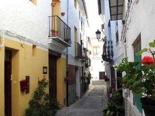 EL REFUGIO..aptos con Wifi y bicis! 30k Valencia, Algar de Palancia