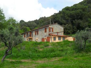 5 camere da letto cottage nella campagna Toscana con vista mare,, Riparbella