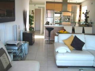 Executive Let 2 Bedroom Apt Antibes