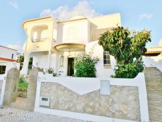 Villa Eduardo - 5 Bedroom Detached VIlla With Private Pool - Old Town, Albufeira