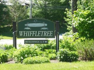 Whiffletree Condo G5 - Two Bedroom One bathroom Shuttle to Slopes/Ski Home, Killington