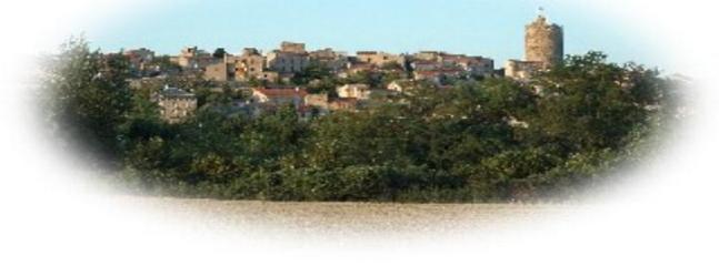 Le village de MONTPEYROUX
