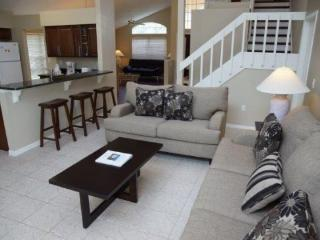 Fabulous 4 Bedroom 2.5 Bathroom Two Story Villa. 460MA, Orlando
