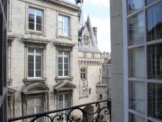 View from the lounge room window of The Key to Bordeaux