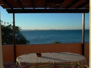 CHIOS - beach apart. with direct access to the sea, Karfas
