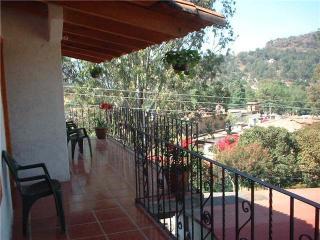 CASA XOCHITL VALLE DE BRAVO, Valle de Bravo