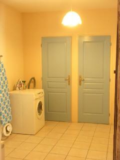 Utility Room - washing machine - shower room + WC - bike storage