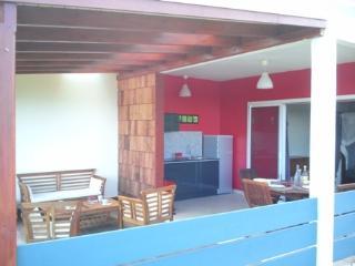 Terrasse et cuisine d'un des T2