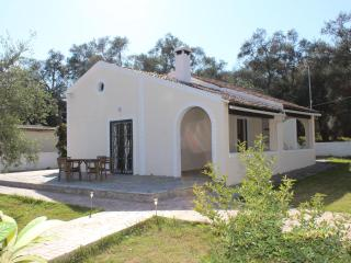 Villa Liza, Lefkimi