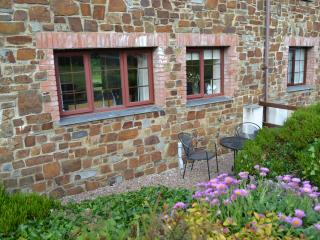 Pebble Cottage - Treglyn Farm Cottages - Rock - Polzeath - Lovely Cottage