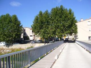 MAISON dans VILLAGE VITICOLE à 1/2 h de la mer, Villeneuve-les-Corbières