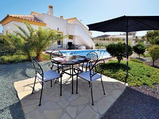 Villa de Quenby, Family villa, Pool & AC,WiFi,Golf, Mazarron