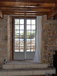 French doors to garden/patio