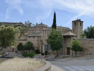 Old Town. Atico Palacete S.XV. Patio Toledano