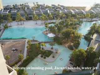 Beachfront condominium offering panoramic ocean vi, Klaeng