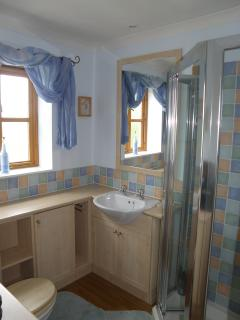 Shower Room - en-suite to the main bedroom, with over sized shower