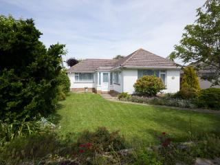 Detached bungalow in Barton on Sea, New Forest