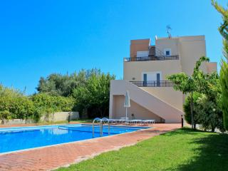 Celin Luxury Villas, 900m From The Beach, Skoutelonas Chania
