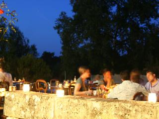 Meet & mingle with other guests at an organised soirée on the lawns-perfect for the children to