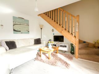 Moon Lodge, Beach House, Tregoyne, Porthtowan TR4 8FE