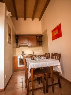 La Camera Antevorta, accessibile alle persone disabili, ha di pertinenza una cucina completa.