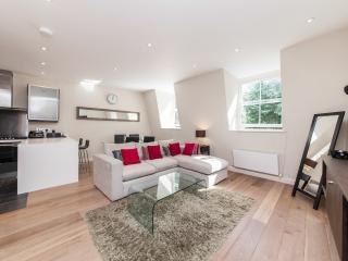 Lovely Notting Hill Apartment, London