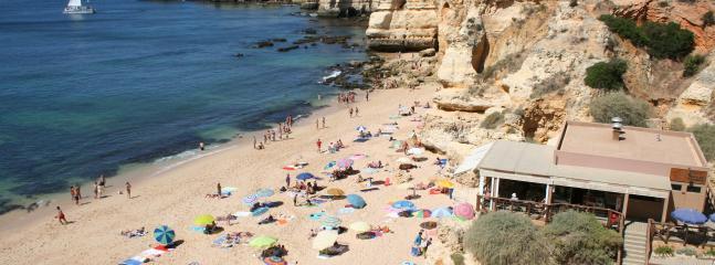 Praia da Coelha, only 500m from the apartment (Coelha Beach)