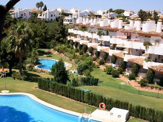 Family Apartment rental Spain. Aircon-Wi-Fi, Pools, Sitio de Calahonda