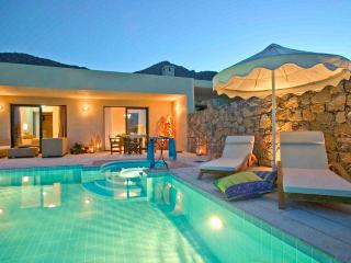 Luxury 2 Bedroom Villa Elounda