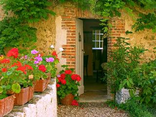 Entrance of Cottage Glycines. Cottage Glycines is a charming flat for 2 persons.