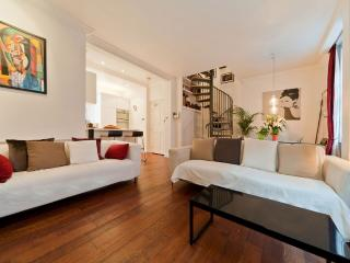 COVENT GARDEN DUPLEX APARTMENT