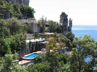 Villa Babila, Praiano