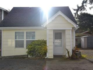 Sand Dollar Cottage ~ RA69948, Seaside