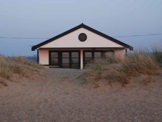 NEW Coastal Beach House, Heacham