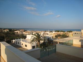 LA VISTA - Luxury Villa Just Yards From The Beach, Colonia de Sant Pere