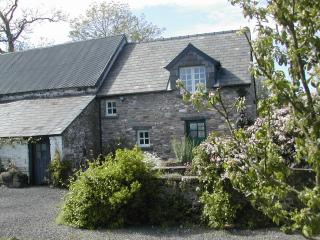 Damson Cottage - Romantic Holiday Cottage for Two, Brecon