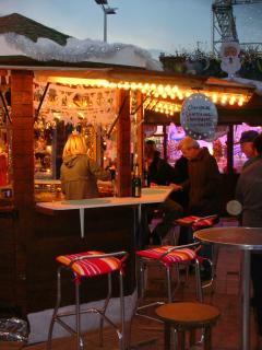 Winter markets selling Mulled Wine and Champagne