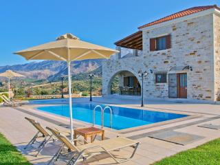 Luxury Villa with Pool, Crete, Chania