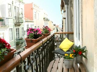 Lisbon Sant'Ana Mouraria 2br, Lisboa