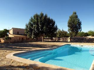 Rustica con piscina de 8 plazas , con opción a 12, Sencelles