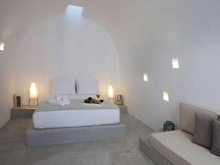 Villa Santorini Deluxe, Megalokhorion