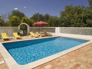 Casa Alegre, luxury villa with private and maid