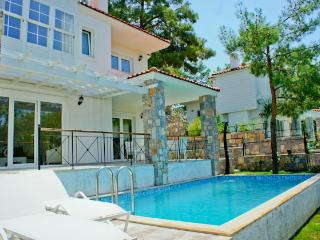 Bay View Semi Detached, Gocek